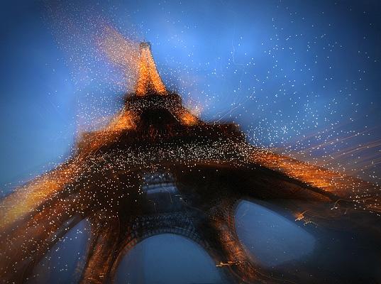 "07. Platz - Peter Hildebrand (Fotokunst)  - \""Copyright Tour Eiffel - Illuminations Pierre Bideau\"""