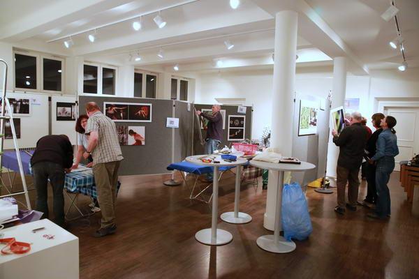 Überschaubares Chaos im Ausstellungsraum