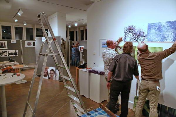 Festlegen der Bildhöhen an der großen Wand