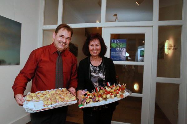 Unser Fotograf und Koch Günther Just mit Maria Mainka