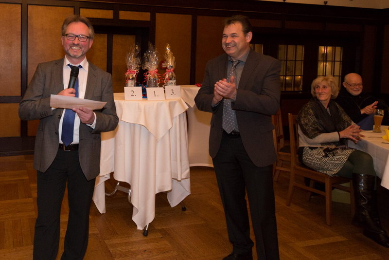 …. durchgeführt von Manfred Köhler (links) und Günther Just